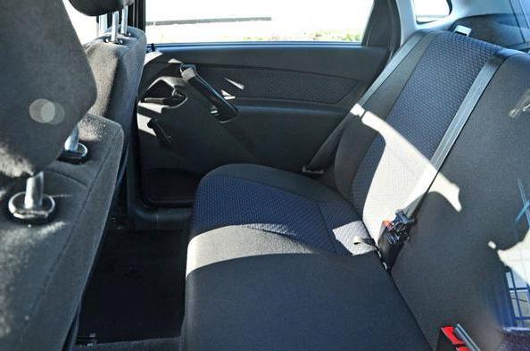 обзор задних сидений, куда крепятся детские сидения